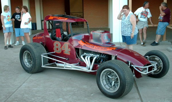 vintage race cars for any occasion antique cars club. Black Bedroom Furniture Sets. Home Design Ideas